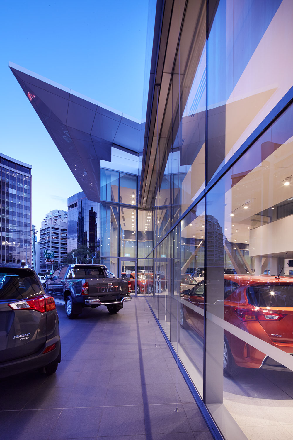 SBA Architects Toyota Chatswood 2